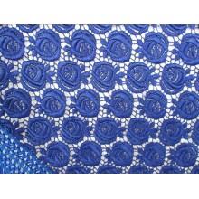 Chal encaje guipur azulón, mediano. Modelo 54