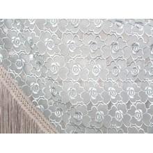 Chal mantón bordado y calado gris. Modelo 62