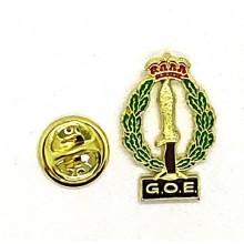 Pin escudo COE. Modelo 093